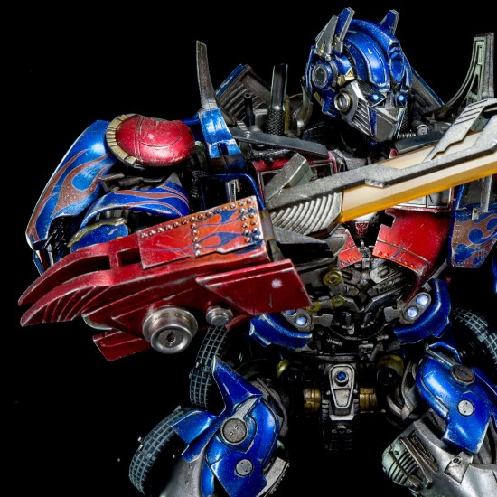 3a-toys-optimu-prime-onsale-019